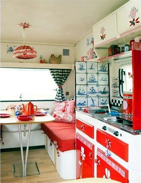 Cervan Interior Ideas by Caravan Decoration Set The Caravan With A Retro Touch
