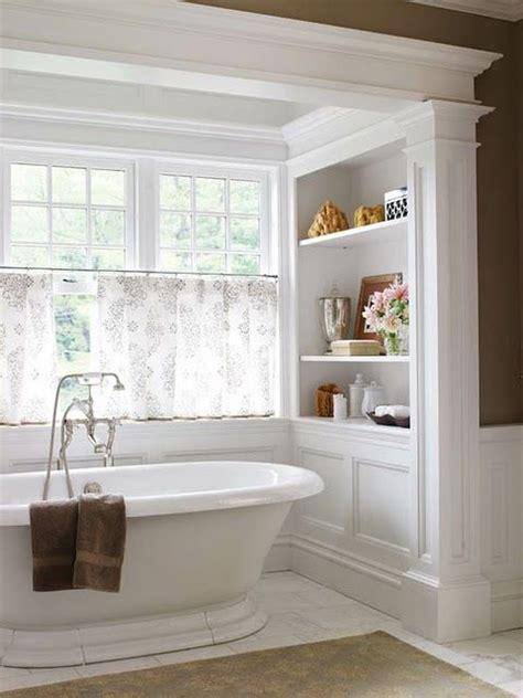 shelf over bathtub 25 best ideas about built in bathtub on pinterest
