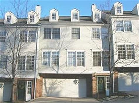 Closets Rocky River by Cliffside Commons Rocky River Condos For Sale