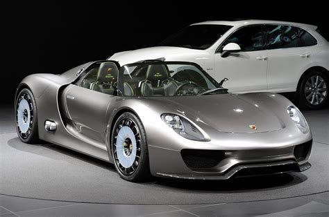 918 Spyder Porsche by Porsche 918 Spyder Price Will Be Set Around 630 000