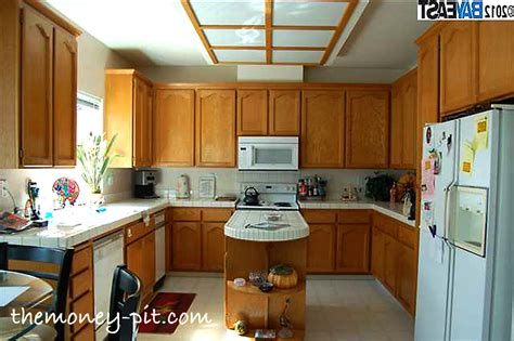 awesome fluorescent light white tile countertops