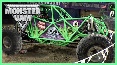 grave digger monster truck driver monster jam 2016 featuring wheels monster trucks grave