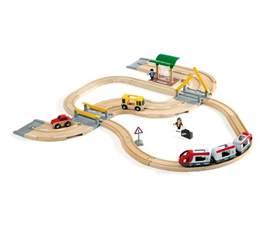 brio rail and road buy brio rail road travel set 33209 free shipping
