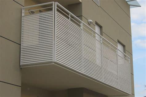 parapetti terrazze parapetti e ringhiere in ferro per esterni a treviso