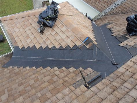 roof simple steps   reshingle  roof   home