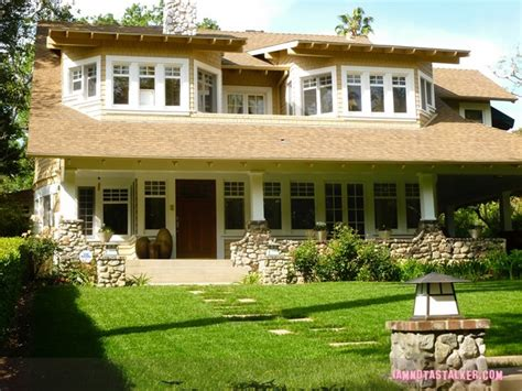 panoramio photo of quot home alone quot house luck house 28 images the quot luck quot house