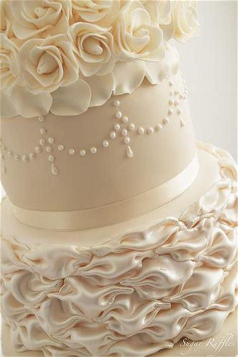 Hochzeitstorte Ivory by Wei 223 Elfenbein Hochzeit Ivory Chagner