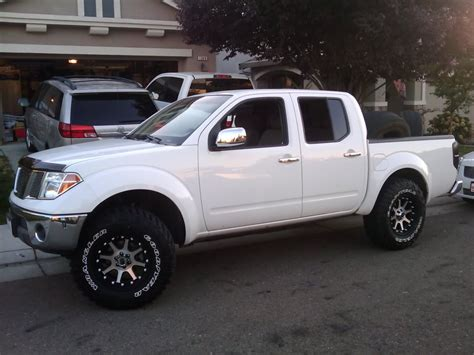 nissan trucks lifted 2007 nissan frontier 4x4 lifted google search my dream