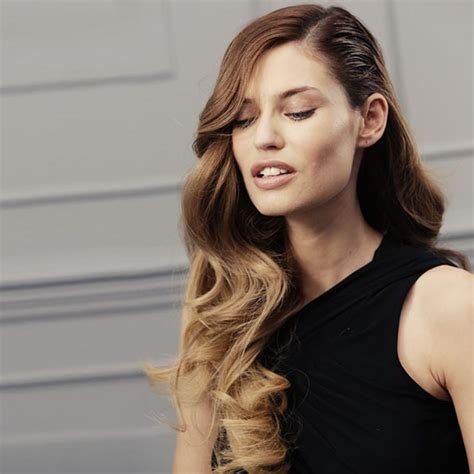 how to curl loose curls on a side ethnic hair big side curls wavy voluminous side swept hairstyle l