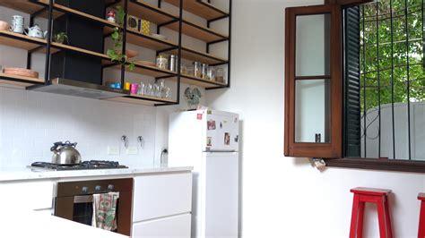 alacena metalica cocina con mueble laqueado y alacena metalica colgante con