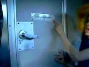 greyhound bathroom mikes bus bathroom tour youtube