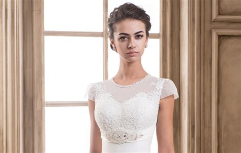 Empire Style Wedding Dresses by Empire Style Wedding Dresses
