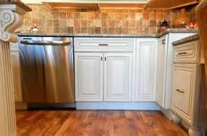 Raised Kitchen Cabinets Raised Panel White Kitchen Cabinets Www Solidwoodcabinets Solid Wood Cabinets