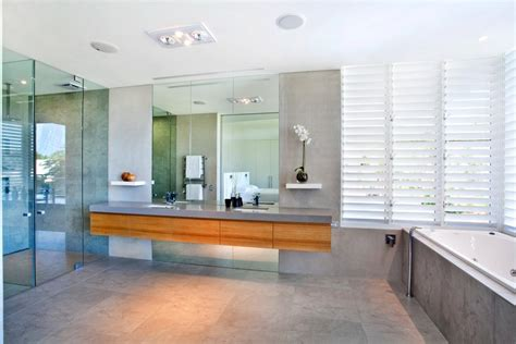 bathroom louvre windows breezway altair louvre windows in bathrooms and laundries