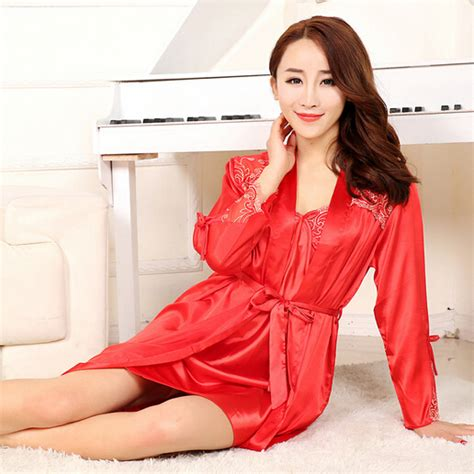 Model Lingering Transparan baju tidur wanita transparan terbaru mulai diminati di pasaran trend model baju terbaru 2016