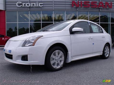 white nissan sentra 2010 2010 nissan sentra 2 0 sr in aspen white 683036 autos