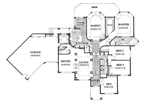 lot 13 main level plan kansas home sites prairie style house plan 4 beds 2 5 baths 3152 sq ft