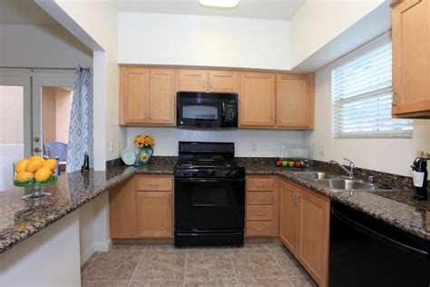 rooms for rent in bakersfield bakersfield furnished rentals serviced term apartments