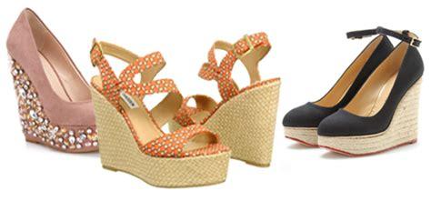 Sepatu Wanita Wedges Blackkelly 521 model model sepatu pria dan wanita