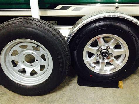 aluminum vs galvanized boat trailer wheels compare aluminum sendel vs aluminum sendel etrailer