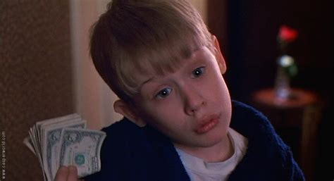 home alone you filthy animal actor picture of macaulay culkin in home alone 2 lost in new