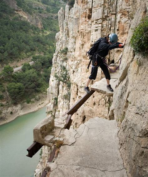 el cerrajero del rey caminito del rey very dangerous route 19 pics