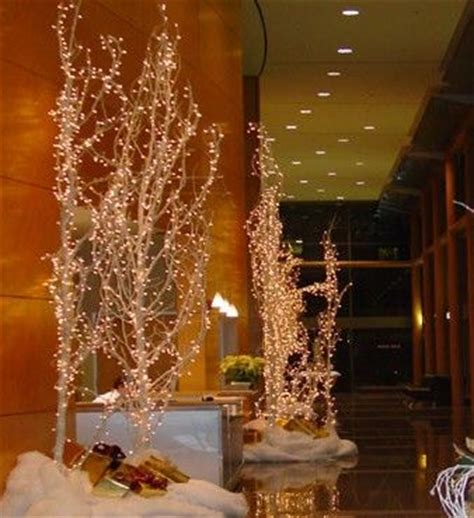 how to make lighted branches 25 best ideas about lighted trees on pinterest potted