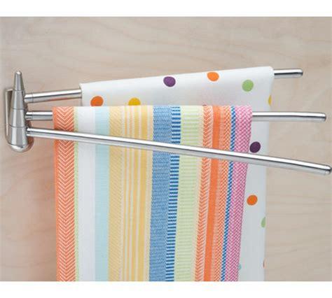 schöne geflieste badezimmer moderner handtuchhalter f 252 r ihr bad