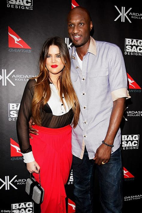 Khloe Kardashian 'struggling to finalise divorce from