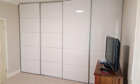B Q Wardrobes With Sliding Doors by Sliding Wardrobe Doors Perth The Wardrobe