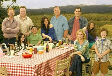 modern family the cast then and now masslive