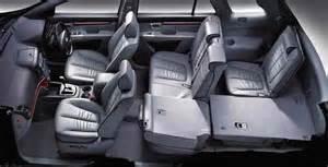 How Many Seats In A Hyundai Santa Fe Hyundai Santa Fe A Compact 4wd With Seating Up To 7