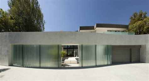modern house california san vicente house in california adapted to a complex