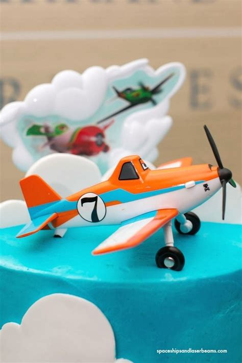 dusty crophopper cake best 25 planes birthday cake ideas on