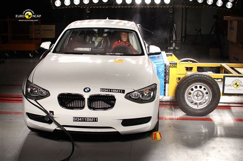 Bmw 1er Ncap by Foto Ncap Side Crashtest Bmw 1er Reihe F20