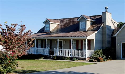 island house siding vinyl siding and metal roof color combinations