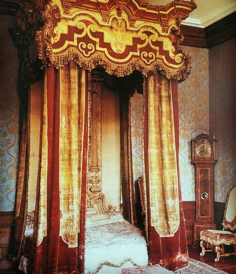 17 best images about victorian curtains on pinterest 17 best images about palace on pinterest bay window