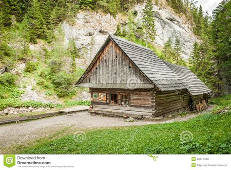 cottages in the mountains cottage in the mountains stock photo image 33677440