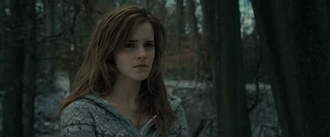 emma watson on harry potter harry potter and the deathly hallows part 1 bluray