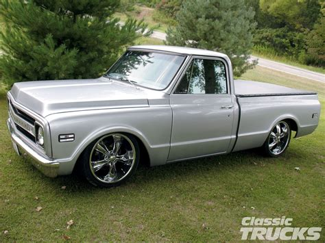 0 1969 pickup trucks old car and truck pictures 1969 chevy c10 pickup truck classic trucks magazine