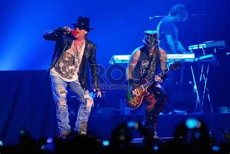 download video konser guns n roses mp3 meski sempat tertunda konser grup legendaris gnr akhirnya