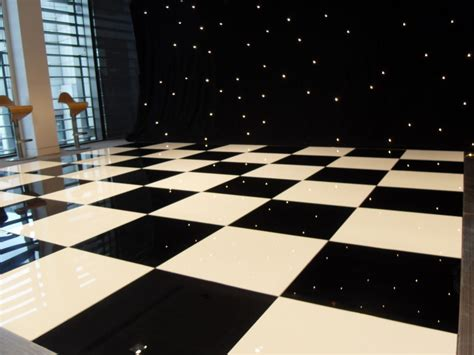 Marvelous Black And White Checkered Kitchen #3: Unique-black-and-white-checkered-floor-black-and-white-vinyl-black-and-white-checkered-floor-1024x768.jpg