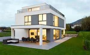 maison contemporaine grise et blanche marty h 228 user
