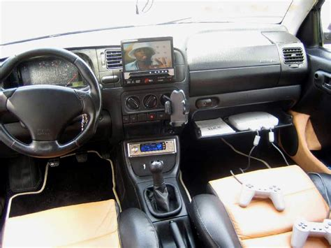 file golf 3 interieur gepimpt jpg