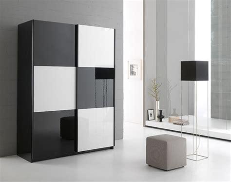 Armoire 2 portes en 148 cm laquée Jazzy Structure noire