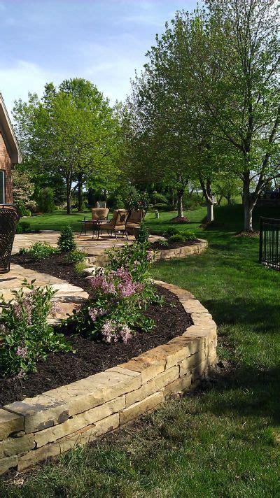 Landscape Rock Olathe Ks Landscape Beds Landscaping Landscape Design Lawn
