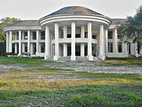 Southern Plantation House Plans by Abandoned Mansion In Davie Fl Google Earth 5600 Sw 61st
