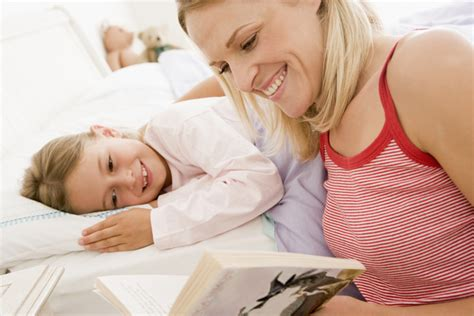 kids bed time story curl up and read a bedtime story readers salon