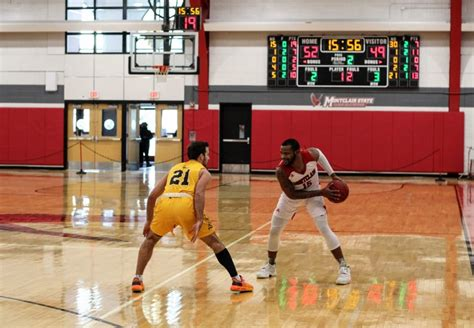 mens basketball topped  rowan   points  hoffman  montclarion