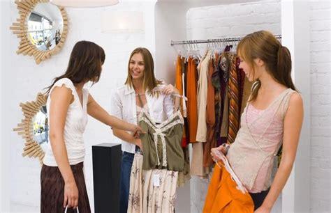 Sell Wardrobe by Le Vendeur New Yorkais Journal De Montreal Nouvelles
